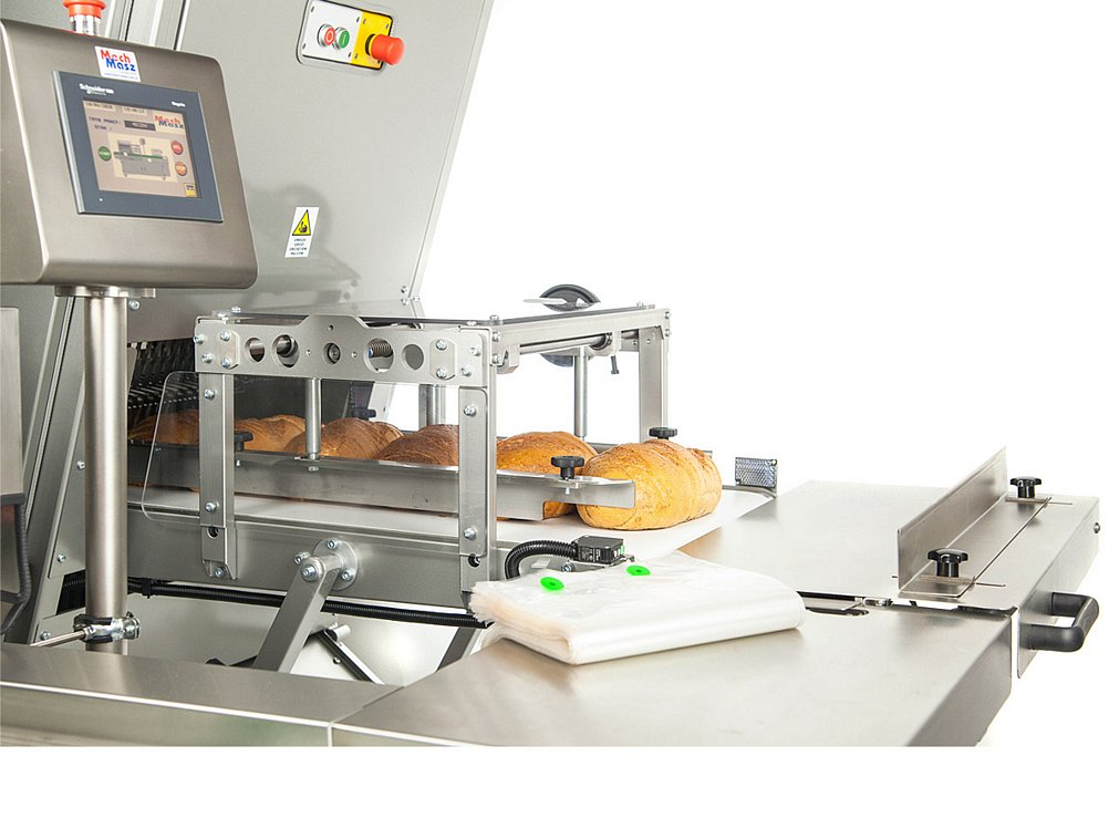 bread slicing and packaging line manual packing station - bag blows
