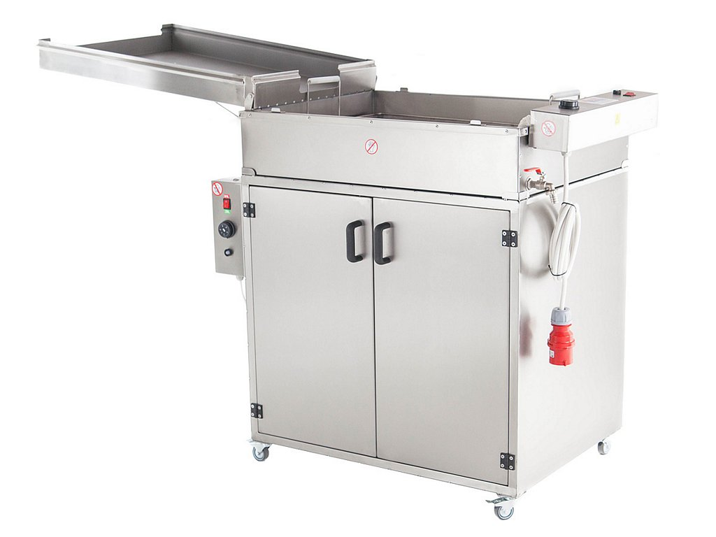 Doughnut fryer with a proofer front view