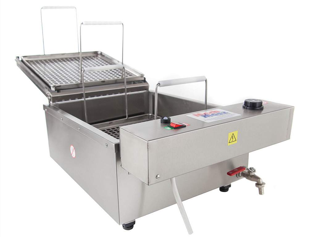 Table doughnuts fryer front