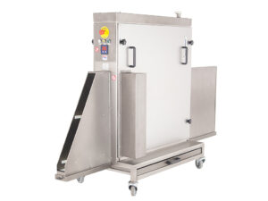 Cbp o trays cleaning machine with oiling system